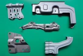 自動車部品(ハイテン材含む)鉄 t0.5~1.0